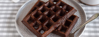Chocolate, apple and oatmeal fitness waffles: healthy recipe without sugar