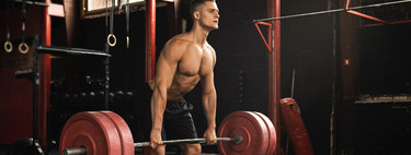 All you have to know about rowing to train your back in the gym